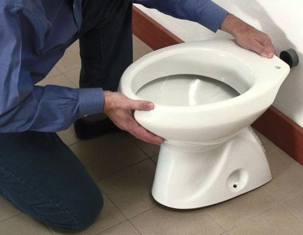 Pronto Intervento Idraulico Firenze: scarico del bagno che perde